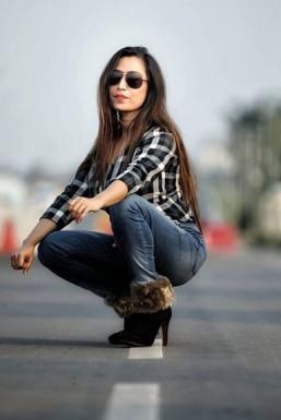 Shikha Malhotra Model Delhi