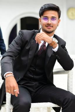 Dazzlerr - Sumith Kumar Jha Model Hyderabad
