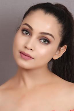 Jaspreet Kaur - Model in Delhi   www.dazzlerr.com