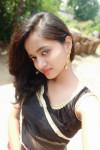 Dazzlerr - Karina Sarkar Model Gadchiroli