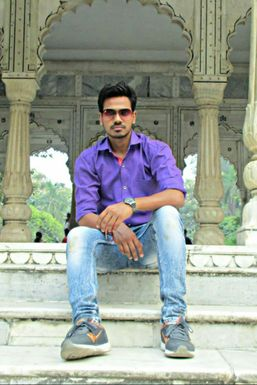 Dazzlerr - Deependra Singh Model Lucknow