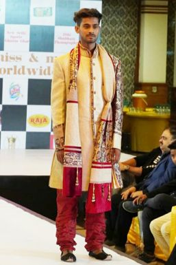 Dazzlerr - Aman Kumar Model Dehradun