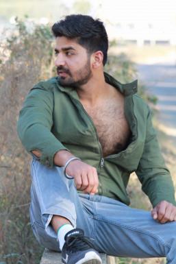 Dazzlerr - Raminder Singh Model Ludhiana
