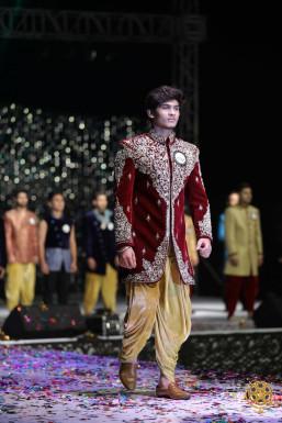 Sagar Solanke - Model in    www.dazzlerr.com