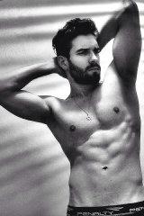 Dazzlerr - Allan Model Delhi