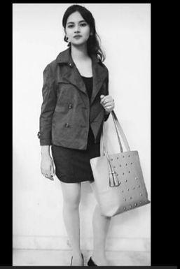 Dazzlerr - Shalu Model Delhi Cantt.