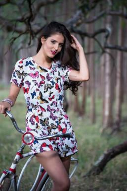 Dazzlerr - Lara Model Delhi
