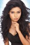 Dazzlerr - Yashvi Gautam Model Delhi