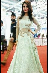 Dazzlerr - Simran Tyagi Model Delhi