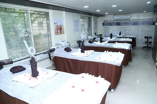 Dazzlerr - Isas International Beauty School